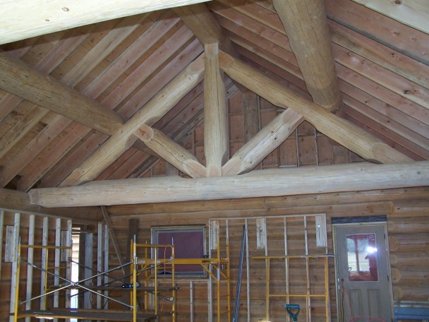 Handcrafted Log King Truss