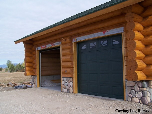 Building Of Handcrafted Log Home Garage Cowboy Log Homes