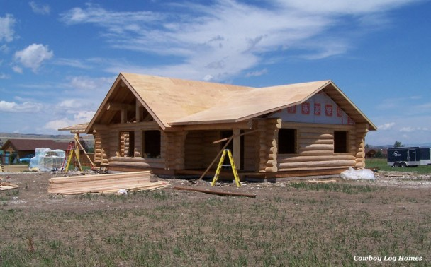 Douglas Fir Log Home with Covered Entry