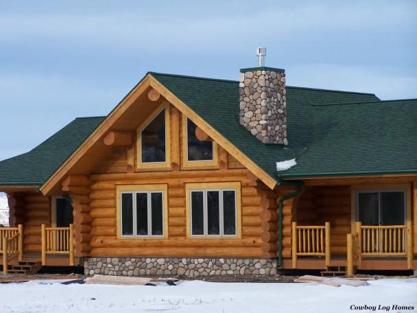 Douglas Fir Handcrafted Log Home