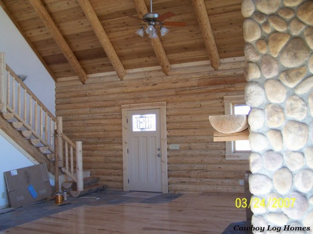 Log Rafter Roof System on Log Home