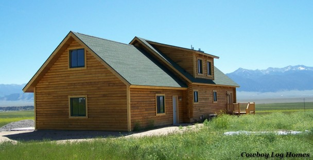 Log Home with Madison Mountains in Montana
