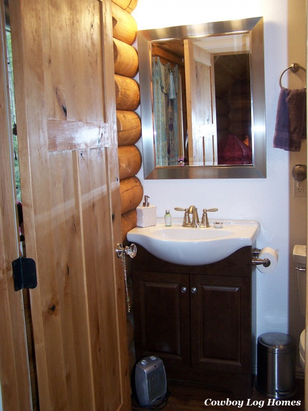 Bathroom in Loft of Log Home