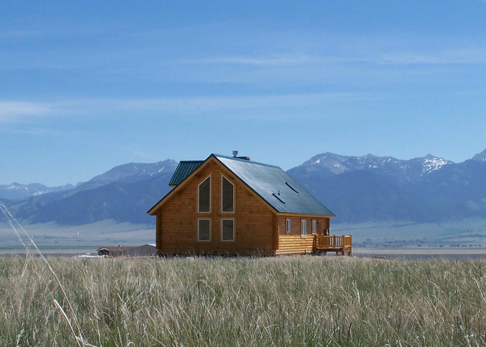 Log homes 1 000 to 2 000 square feet cowboy log homes for Montana home builders