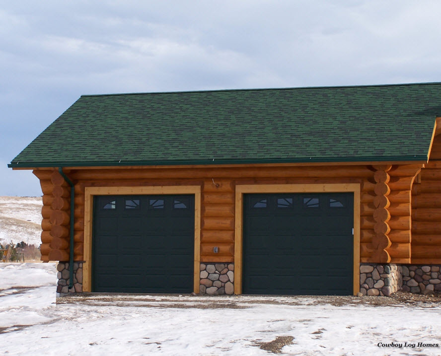 Inspiring log garage photo home plans blueprints 74699 for Log cabin house plans with garage