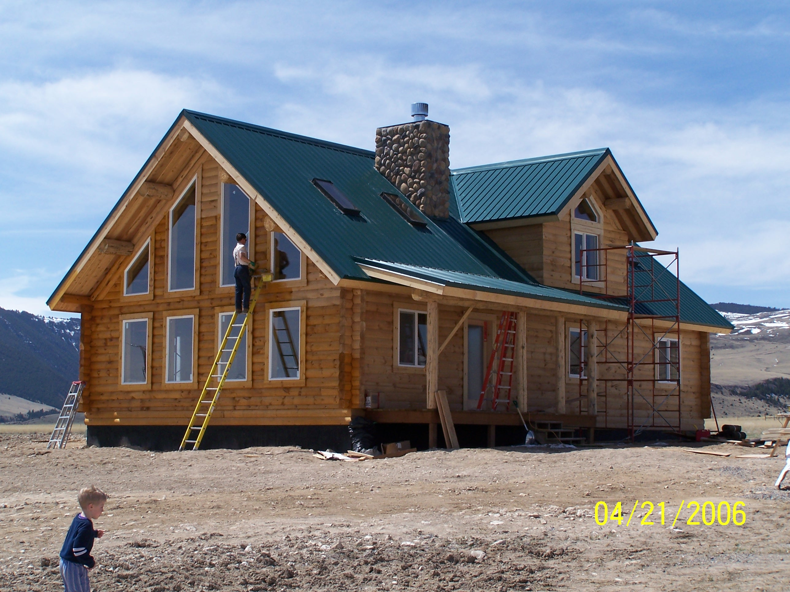 Handcrafted Log Home Stains Evaluated Cowboy Homes