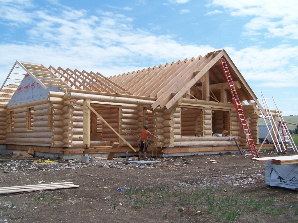 Day four roof framing cowboy log homes for House roof construction