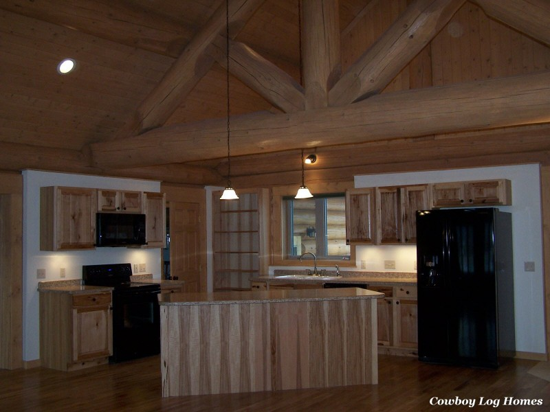 november 1st log home kitchen finished